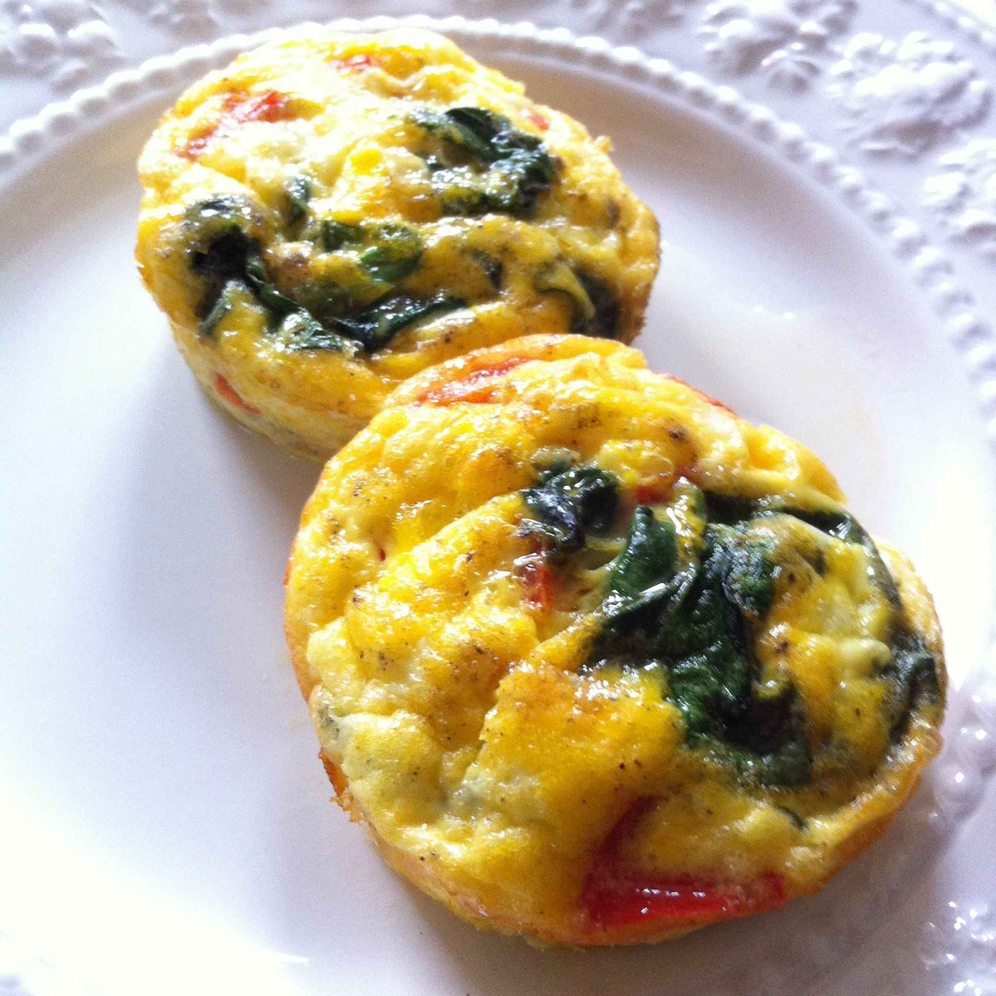 Gorgonzola Spinach Mini-Quiches | The Hip Vegetarian